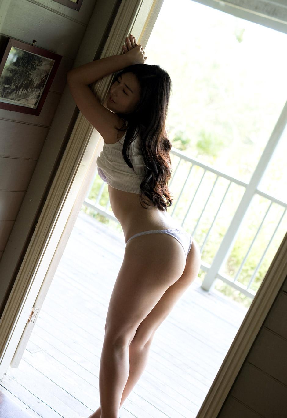 iori kogawa naked hot