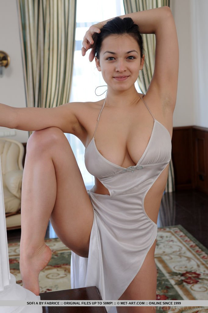 sofie top ukrainas nude model